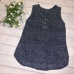 Eddie Bauer sleeveless blouse - sz L